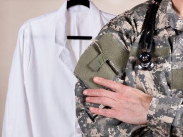 Come diventare un ufficiale medico